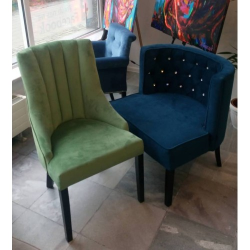 Krzesło Monalisa wersja pikowana podłużnie tkanina prestige zielona